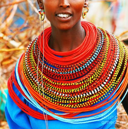 african-woman-with-traditional-accessories-anna-omelchenko